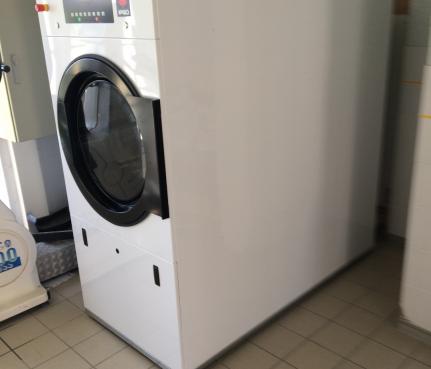 machine à laver nettoyage proffessionnel